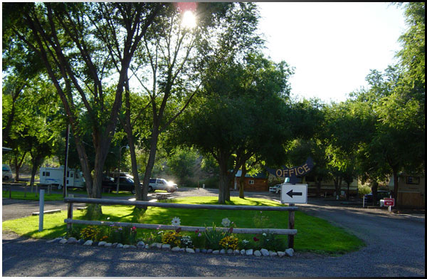 Eagle RV Park and Campground Thermopolis Wyoming cabins for rent
