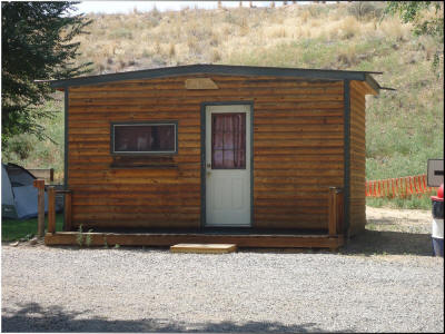 Bunk House Cabin at Eagle RV Park and Campground in Thermopolis Wyoming